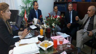 Photo of جلسة عمل تحت إشراف العميد عبد الستار بن موسى الموفق الإداري للجمهورية التونسية بمقر الممثل الجهوي بسوسة