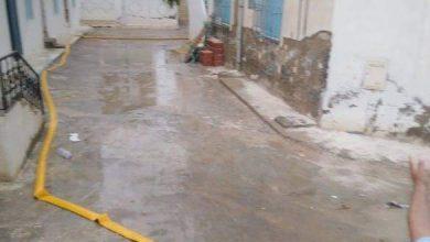 Photo of أهالي حي بن كيلاني بسكرة يستبشرون بنزول الأمطار دون تسجيل أضرار