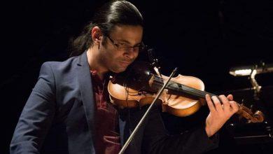 """Photo of """"عودة إلى تونس""""   للفرنسي جان كريستوف شولي: رؤية موسيقية عصرية ومساهمة متميزة لعازف الكمان التونسي عياض اللبان"""